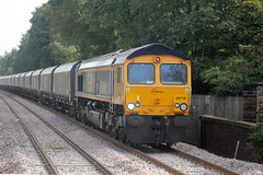 66 716 4F68 0900 Ironbridge Power Station G - Liverpool Bulk Tml Gbrf approaches Huyton (1207) Thursday 18th September 2014 (Colin.P.Brooks Railway Photography & Frinton) Tags: gm shed diesellocomotive huyton gbrf class66diesellocomotive class667 europorte diesellocomotivegm 6f68 thursday18thseptember2014