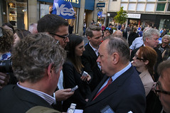 Alex-Salmond-Journos-A011 (atlasphotoarchive) Tags: uk portrait people news history alex by scotland media europe britain no yes united political politics great reporter scottish eu kingdom visit september national quotes perth gb british hack foreign independence referendum 12th campaign questions figures hacks nationals isles journalism reporters journalist journalists questioning reporting 2014 correspondent dailytelegraph correspondents salmond quizzed 2010s