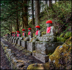 Buddhas with Toques (Martin Smith - Having the Time of my Life) Tags: red japan ngc jp nikko martinsmith tochigiken nikkshi nikkor2485mmf3545gedvr nikond750 martinsmith japan2016 buddhaswithtoques