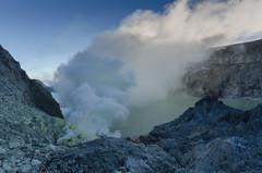 Crater and lake (JohnMawer) Tags: indonesia volcano java jawatimur ijen sempol