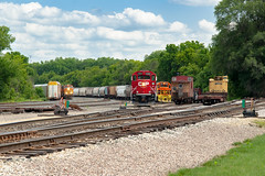 RCPE Photobomb (mtuswan) Tags: railroad train caboose canadianpacific hastings sooline cp soo railyard mn bnsf cprail burlingtonnorthern canadianpacificrailway burlingtonnorthernsantafe dakotacounty rcpe rapidcitypierreandeastern hastingsrailyard