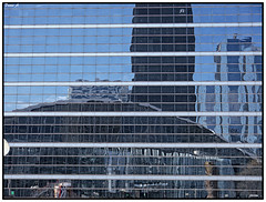 Lignes et reflets - Lines and reflections (baladeson) Tags: paris france lines architecture reflections reflets lignes ladfense csar cnit lepouce
