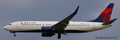 N3772H (Edward Kerns II) Tags: flight winglets 1824 deltaairlines b738 kbwi n3772h