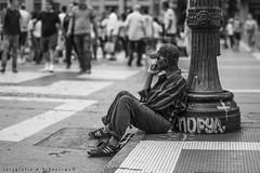 A Espera (Fotografia & Urbanismo) Tags: urban pessoa waiting urbano espera urbanismo ruas urbex urbexpeople urbexworld urbexrebel urbanphotografy urbexphotografy