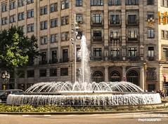 Plaza de Catalua- Barcelona, Espaa.  #good2bein #barcelona #espaa #catalunya #espana #plaza #europe #spain #igers #catalua #travel #vacations #gopro #water #agua #nature #fuente #nature_shooters #nikond7000 #photographers #photographer #picoftheday #p (Juan C. Snchez Photography) Tags: barcelona street espaa naturaleza nature water fountain landscape spain agua nikon barca natural outdoor fuente streetphotography naturallight catalunya nikkor fontain bara catalua watercoaster outdoorphotography outdoorwater nikkor18105mm nikkor18105 nikond7000