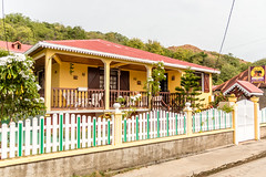 Maison Crole - Les Saintes - [Guadeloupe] (old.jhack) Tags: france caribbean guadeloupe antilles lessaintes carabes maisoncrole sigma1750mmf28