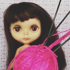 Anouk wants a pink hat.