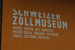 muse suisse des douanes (bulbocode909) Tags: orange tessin suisse muses critures