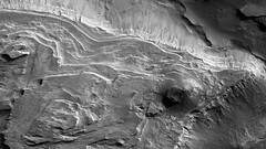 ESP_016628_1520 (UAHiRISE) Tags: mars landscape science nasa geology jpl universityofarizona mro