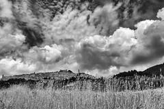 ...nuvole (afdomenico) Tags: sky blackandwhite italy monocromo landscapes italia nuvole cielo e di campo montagna bianco nero puglia paesaggio sagata