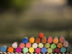 Colorindo... (Vi) Tags: cores pastel sopaulo sp crayon colorido paulnia julho2016 11072016