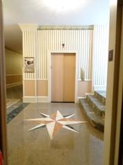 Pfister Hotel Elevator Lobby (5StarAlliance) Tags: fivestaralliance fivestar luxuryhotels historichotel pfisterhotel luxuryhotelsinmilwaukee deluxe best top