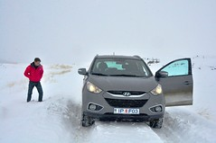 Driving in Snow (Cyril Plapied) Tags: road snow iceland 4x4 4wd neige hyundai islande ix35