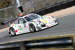 Porsche 997 GT3-R - David Ashburn / Nick Tandy (Richard Crawford Photography) Tags: auto cars car sport race racecar speed canon eos automobile fast sigma automotive racing gt quick supercar motorracing sportscar motorsport racingcar gt4 gt3 fastcar gtc sportsphotography msv oultonpark gtracing sportscarracing sigmalenses canoneos40d britishgtchampionship avontyresbritishgtchampionship gt3car britishgt3 sigma120400mm sigma120400mmf4556dgoshsm britishgt4