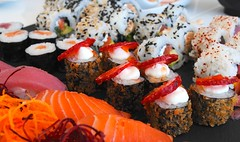 Sushi And Sashimi Mix (pedro_carreira) Tags: food portugal sushi nikon sashimi d3000
