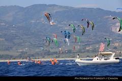 IMG_3125 (IKAclass) Tags: kite beach championship european racing formula hang ika loose isaf gizzeria kiteracing