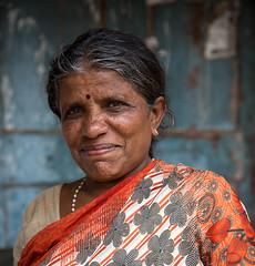 Indian lady (frank_bunnik) Tags: india asia karnataka mysore sari indianwoman indianlady frankbunnik canoneos5d3 canon2470lii