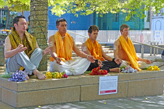 20 OCT 13 18C AUCKLAND (oh.yes.melbourne) Tags: newzealand auckland northisland queenstreet diwali2013