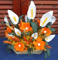 composizione floreale bianco arancione