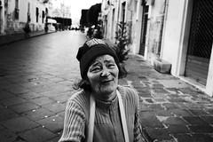 Guardami (ninni garnett) Tags: street leica portrait people blackandwhite woman candid streetphotography bn biancoenero leicam8