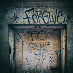 Forgive (mckenziemedia) Tags: door chicago canon eos graffiti words illinois mark gang ii l 5d 1740mm forgive