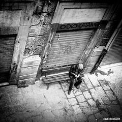 gratta e ... (Claudio Di Dio) Tags: street fuji sicily palermo sicilia x20 grattaevinci claudiodidio fujix20