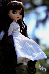 Your Love Will Ceatch Me If I Fall (dreamdust2022) Tags: love beautiful lady angel doll sweet mother ala strong brave pullip