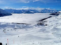 Auf der Piste (m.a.r.c.) Tags: blue schnee winter sky snow ski mountains alps fog schweiz switzerland skiing nebel himmel berge arena alpen blau wallis skifahren valais blauer aletsch bettmeralp fiescheralp