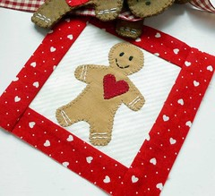 Block-a-Day - Block 42 Gingerbread Valentine (The Patchsmith) Tags: pattern gingerbread valentine mug rug block applique blockaday patchsmith