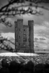 Broadway Tower (*Rob*) Tags: white black tower broadway