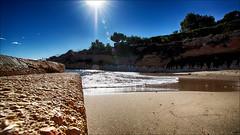 Brillos en la cala (candi...) Tags: sol mar agua playa arena cala ametllademar sonya77 calapepo