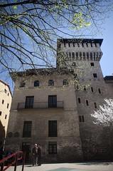 Torre de Doa Ochanda. (Blanca Bombn) Tags: y xv vitoria torres siglo fortalezas xxviexposicinalavavisionpalacios