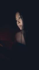 Lu (nd.victor) Tags: portrait luz noche model teen belleza