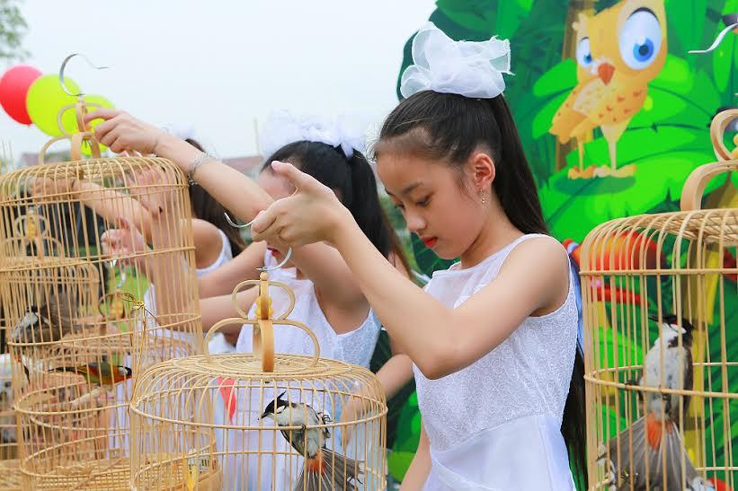 Lễ hội thả chim phóng sinh