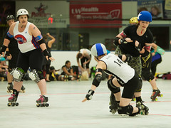 IMG_0452 (clay53012) Tags: ice team track flat arena madison skate roller jam derby league jammer mrd bout flat wftda derby womens track hartmeyer moocon2016