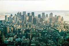 NYC (alonsomex) Tags: nyc newyorkcity canon sigma ishootfilm empirestate velvia50 v850