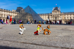 The mummy's curse (Ballou34) Tags: paris canon toy toys photography eos rebel flickr lego pyramid stuck louvre plastic scoobydoo mummy doo pyramide scooby curse afol 2016 minifigures toyphotography 650d t4i eos650d legography rebelt4i legographer stuckinplastic ballou34