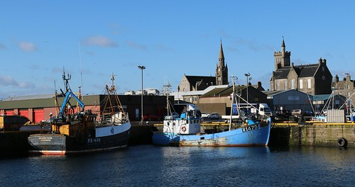 18th April 2016. Silver Fern FR416 and Jean Paul R1475 in Fraserburgh Harbour, Aberdeenshire, Scotland