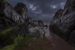 Dark Sunset (BIZKAIA) (Jonatan Alonso) Tags: longexposure sunset seascape atardecer barrika nikon20mm18