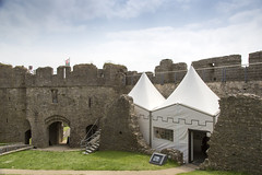 Oystermouth Castle Wales (fillbee) Tags: stone wales buildings chapel norman residential gowerpeninsula curtainwall swanseabay basements oystermouthcastle garderobes threestorey deheubarth castellystumllwynarth refortified johndebraose