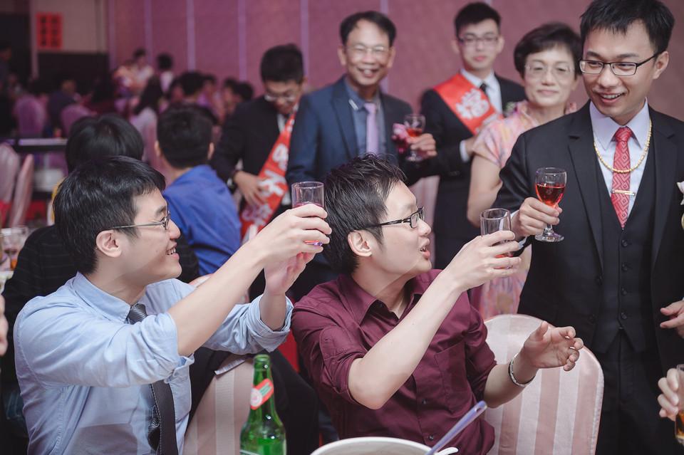 婚禮攝影-台南情定婚宴城堡永康館-79
