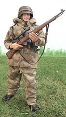 Heer Sharpshooter (Inaction Figure) Tags: actionfigure camouflage sniper ww2 16 heer normandy worldwartwo germanarmy germansoldier onesixthscale kar98 marshpattern sumpfmuster dragonmodelsltd