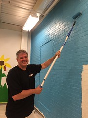 First Financial Bank president Steve Spicer (SalvationArmyIndiana) Tags: salvationarmy indianapolis volunteers renovation shelter serviceproject firstfinancialbank salvationarmyindiana ruthlillywomenandchildrenscenter