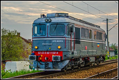 92-53-0-60-1158-4 (Zoly060-DA) Tags: sunset red brown green electric grey switzerland hp diesel engine railway romania da co locomotive freight isolated operator marfa cluj napoca cfr 060 2100 sulzer 1158 repaired repainted boveri