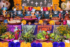 Day of the Dead altar, Oaxaca (lisafree54) Tags: halloween fruit skulls mexico colorful folkart display free altar oaxaca skeletons multicolor cco dayofdead freephotos