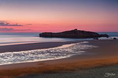 Atardecer en Noja (Silvia Illescas Ibez) Tags: sunset sea beach atardecer mar spain colours playa colores cantabria orilla ris morado purpura noja