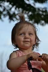 DSC_3575 (auroresb091) Tags: pink baby girl beautiful rose young rosa littlegirl bb