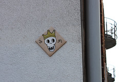 On the run with XIII ($?M) Tags: hamburg tiles altona pasties xiii spm