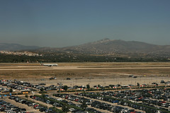 Aroport d'Athnes (Grce) (calabrese) Tags: airplane airport europa europe athens greece grce avion htel aroport athnes