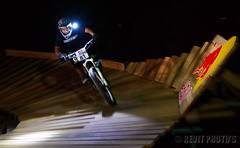 Red Bull Dark Knights 2013 (Rev'it) Tags: sports race singapore mountainbike redbull darkknights nightrace pearlshillcitypark